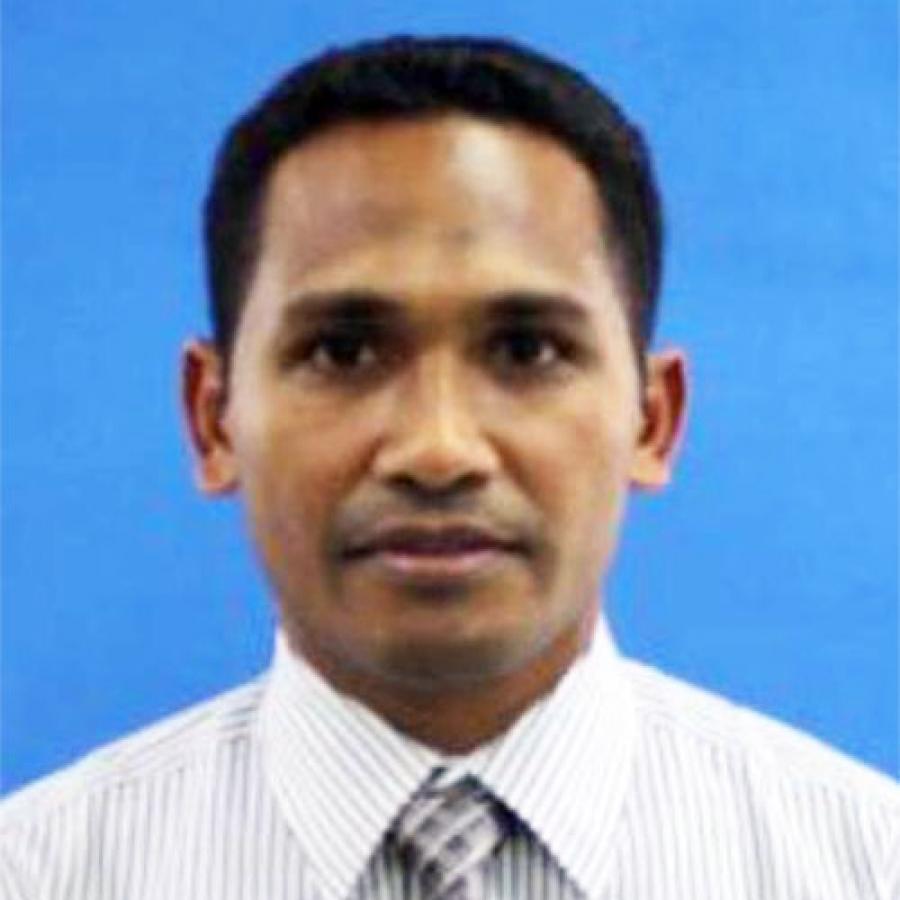 Dr. Ismail Rumadhan, MH